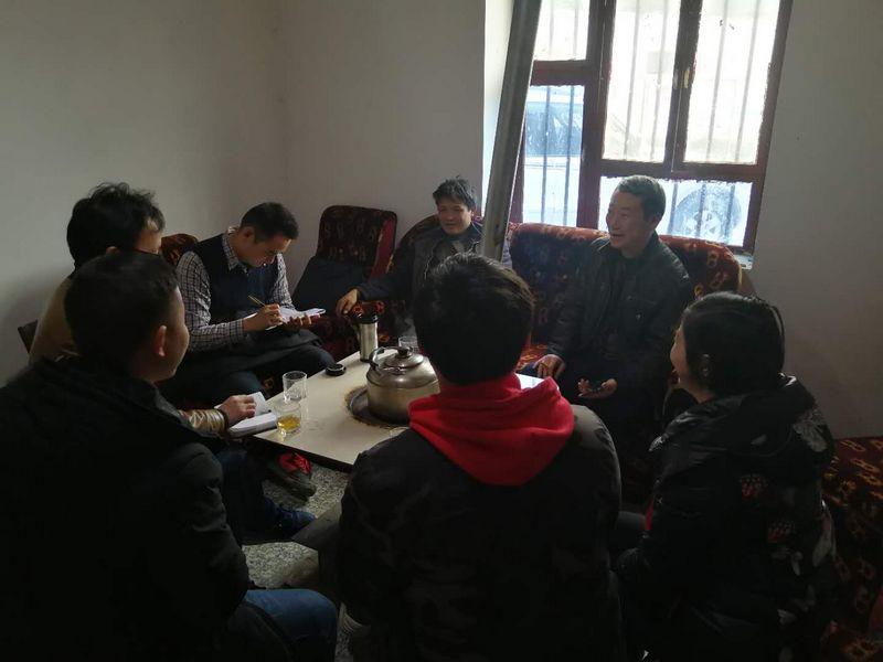威信县委政法委到回龙村开展建档立卡劳动力外出赴东莞务工动员工作
